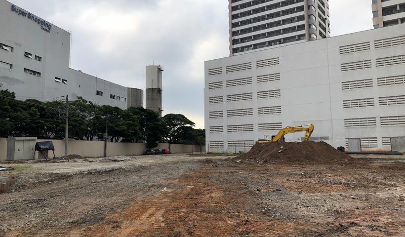 Escavação para locação